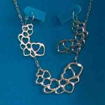 elegant-heart-chain-silver-necklace